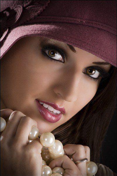 jolies femmes femmes voilées
